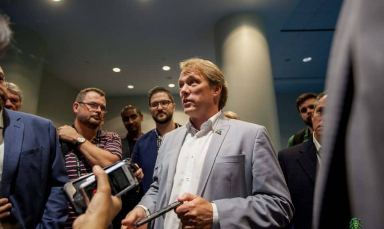 Largest Cannabis Company, Canopy Growth CEO Steps Down